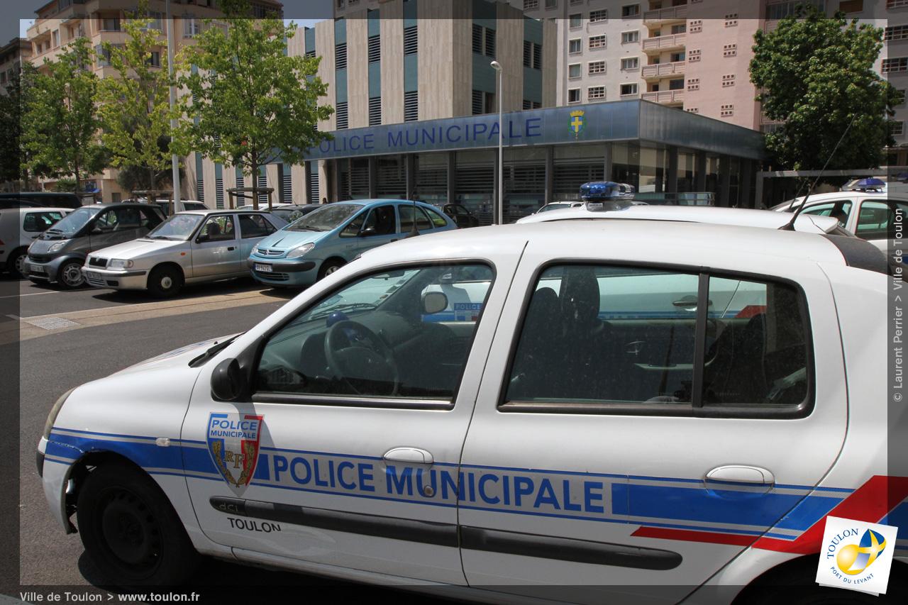 Police municipale site officiel de la ville de toulon - Piscine municipale de bonnevoie toulon ...