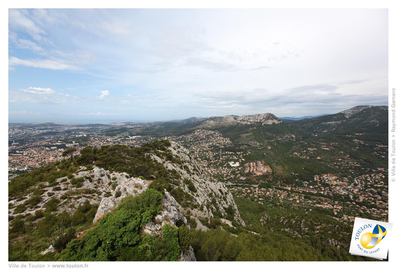 Vert provence site officiel de la ville de toulon for Mairie de salon de provence etat civil