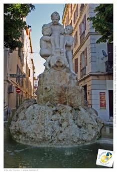 Fontaine de Pesetti